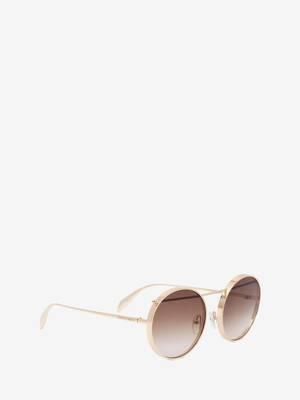 Sonnenbrille mit Metall-Piercing