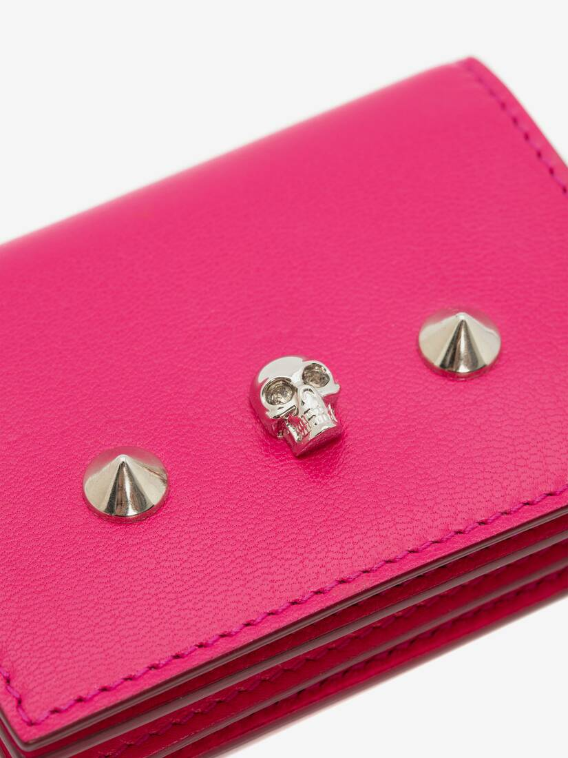 Display a large version of the product image 6 - Skull Card Holder on Chain