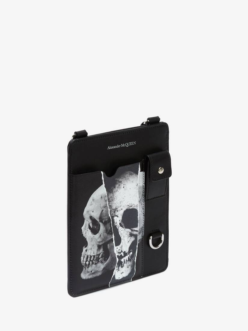 Display a large version of the product image 2 - Torn Skull Smartphone Case