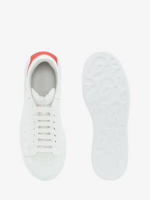 阔型运动鞋