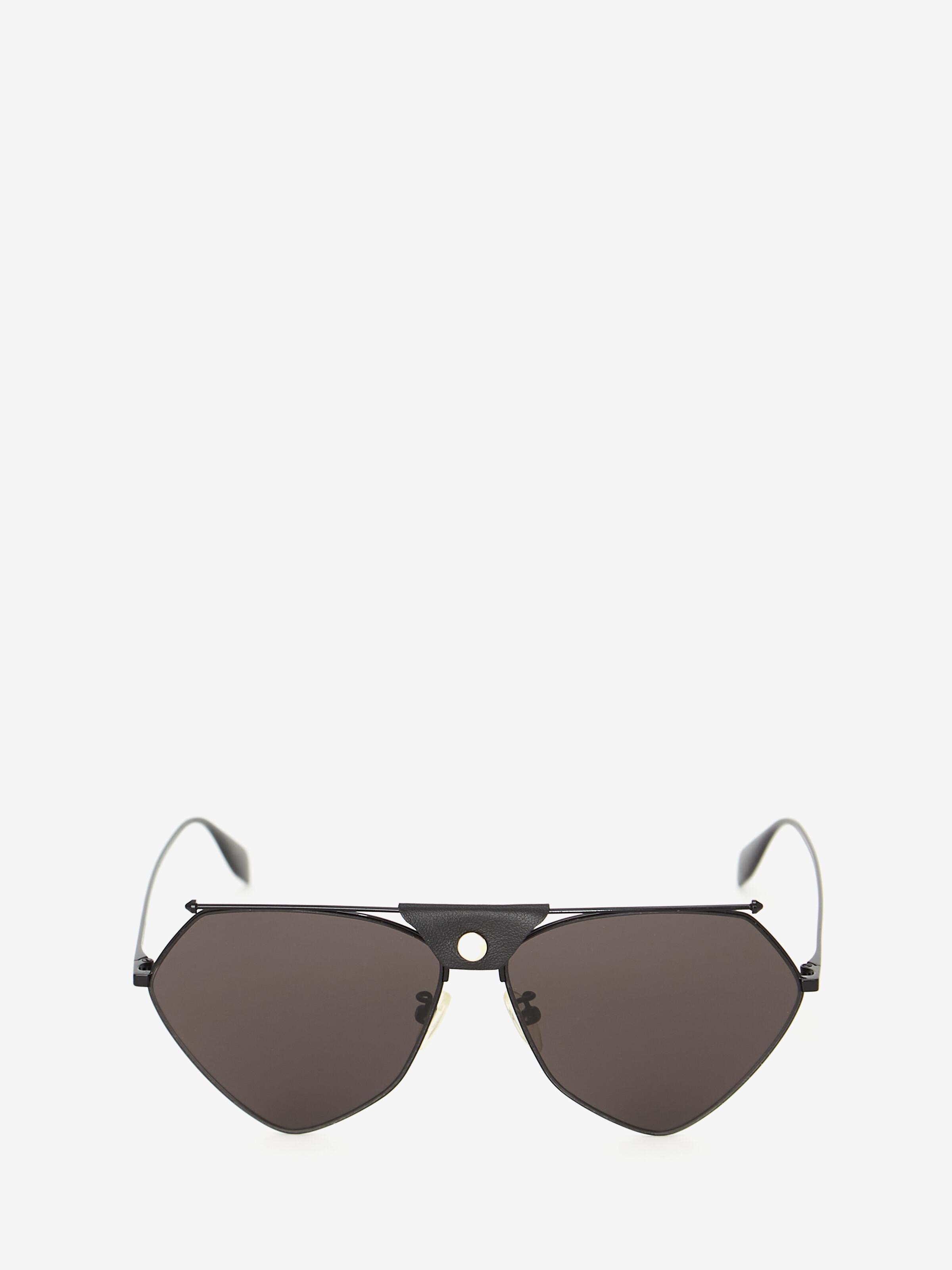 Alexander Mcqueen Top Piercing Sunglasses In Black/grey