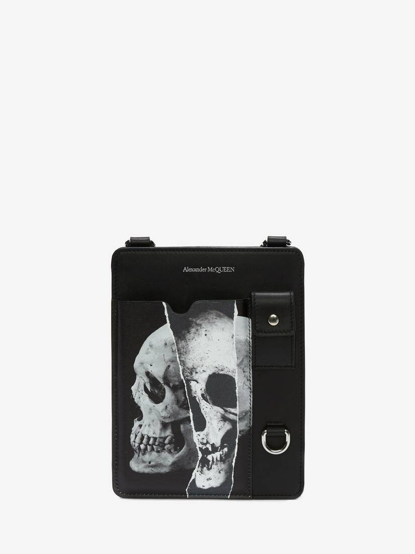 Display a large version of the product image 1 - Torn Skull Smartphone Case