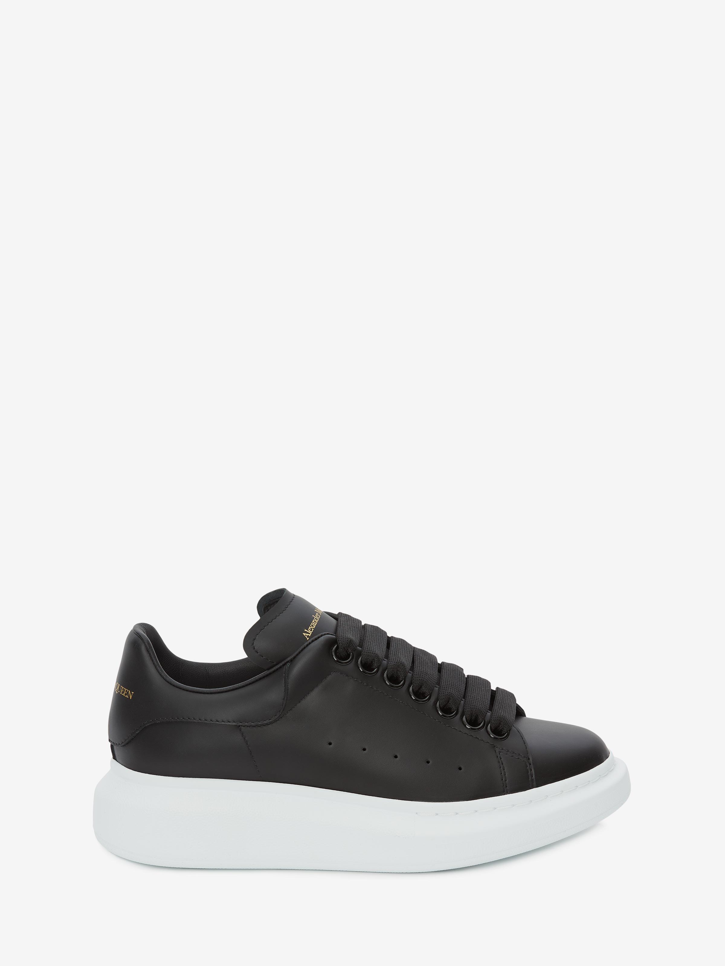 Alexander Mcqueen Low-top Sneakers Larry Calfskin Logo Black
