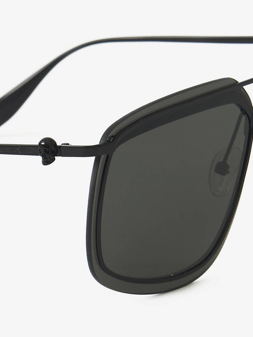 Display a large version of the product image 4 - Eckige Sonnenbrille aus Metall