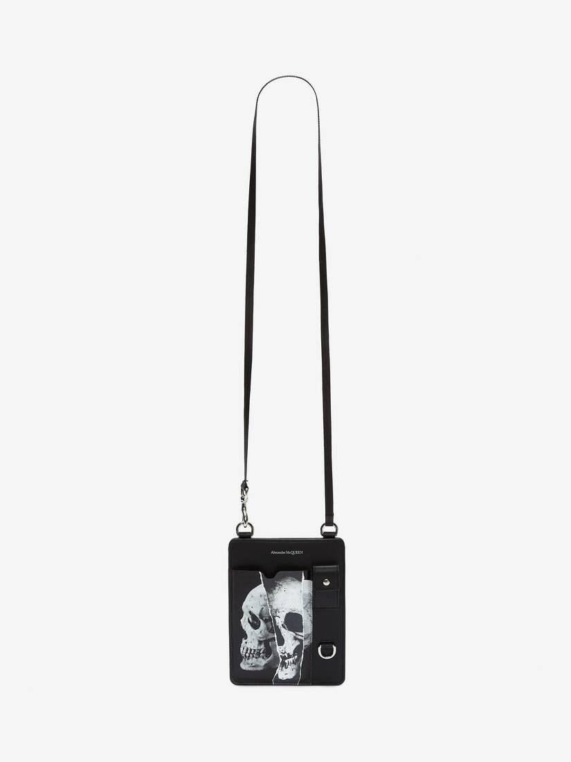 Display a large version of the product image 5 - Torn Skull Smartphone Case