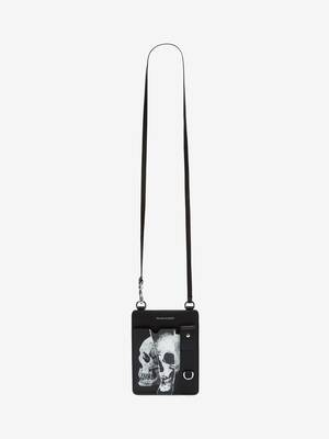 Torn Skull Smartphone Case