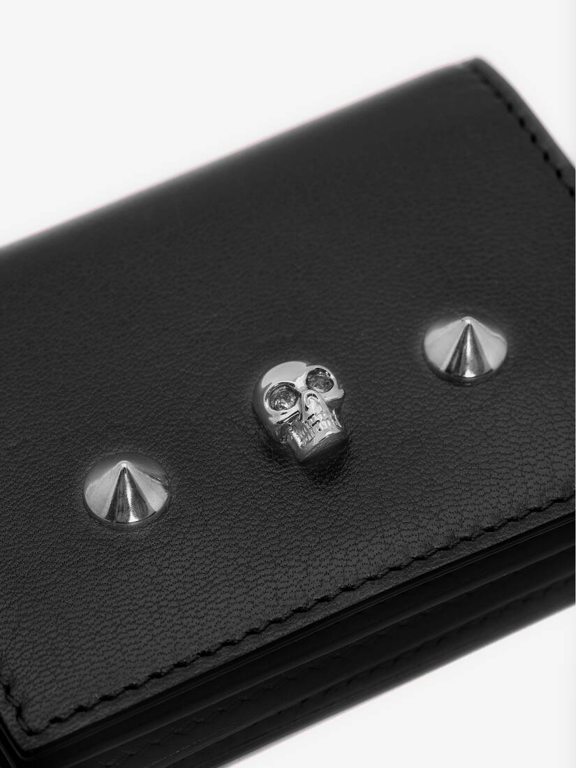 Display a large version of the product image 5 - Skull Card Holder on Chain