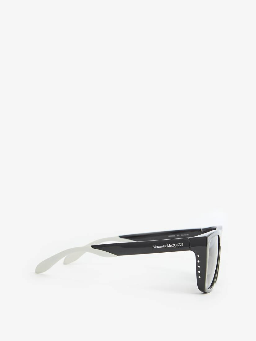 Display a large version of the product image 2 - Court Rectangular Sunglasses