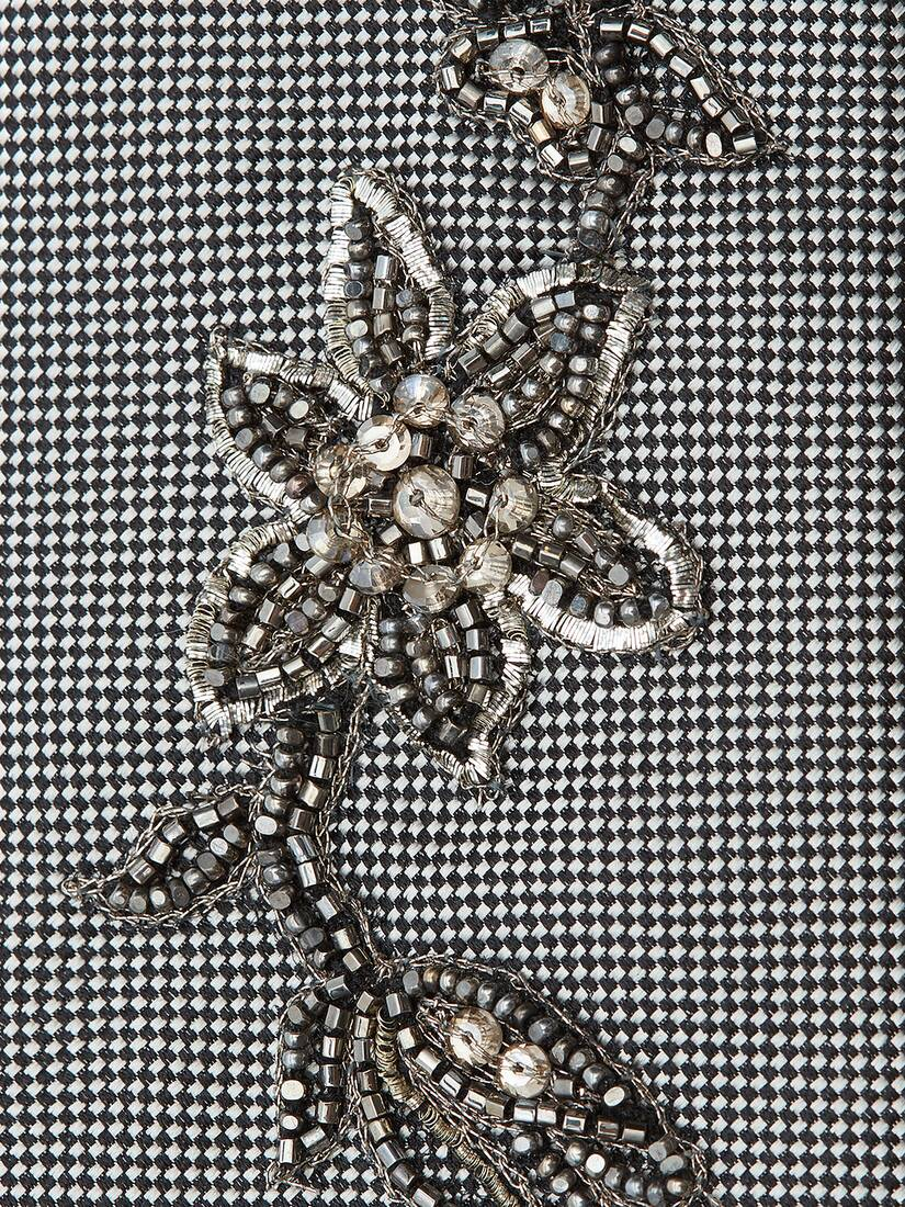 Display a large version of the product image 3 - Jewelled Flower Tie