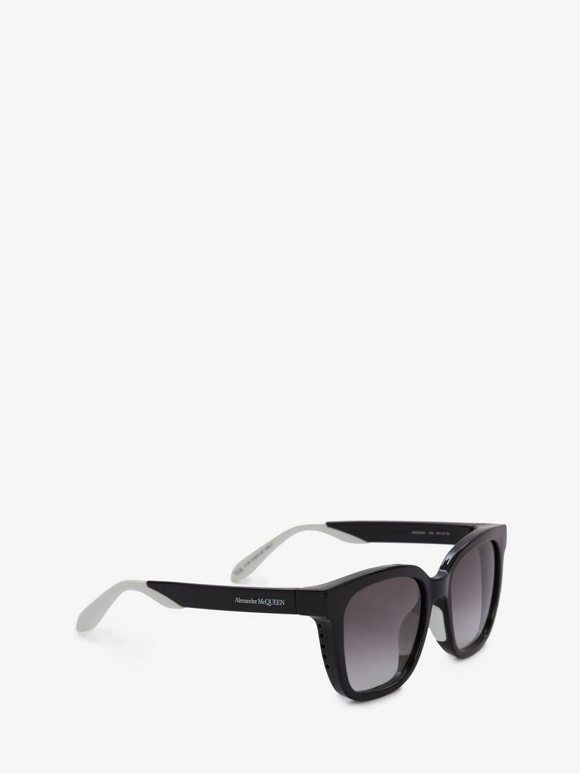 Display a large version of the product image 3 - Court Square Sunglasses