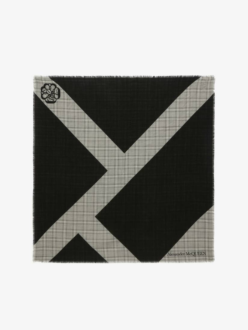 Display a large version of the product image 1 - Prince of Wales Wool Jacquard Scarf