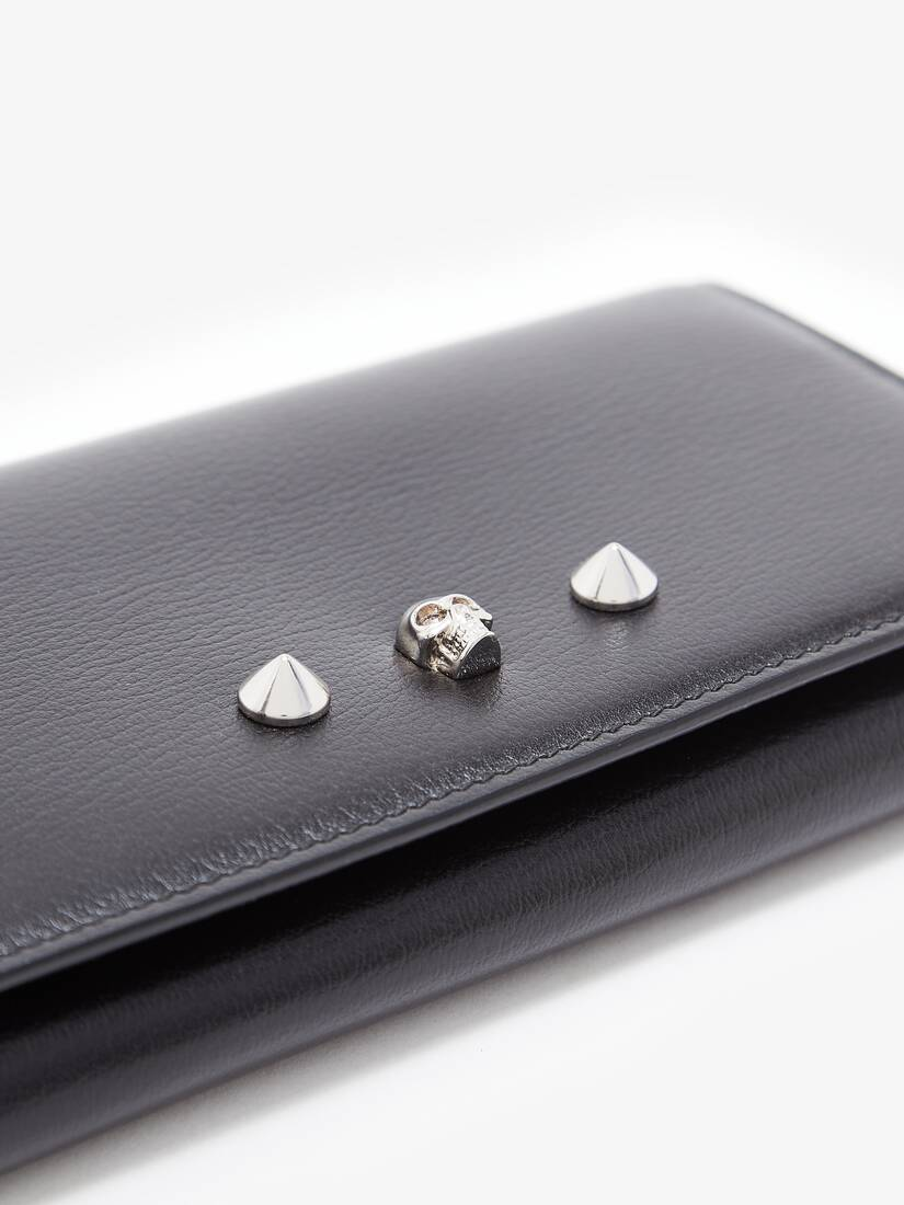 Display a large version of the product image 5 - Skull and Stud Continental Wallet