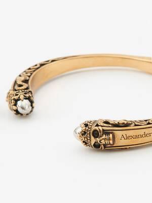 Twin Skull Engraved Bracelet